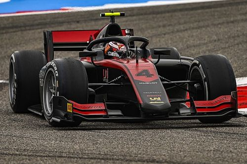 Илотт выиграл квалификацию Ф2 в Бахрейне, Цунода вылетел и оказался последним