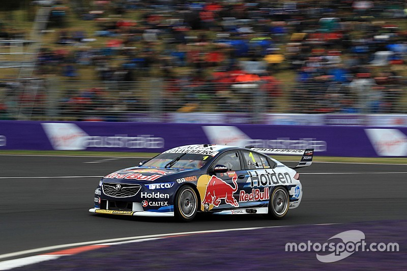 Bathurst 1000: Whincup pips Reynolds in qualifying thriller
