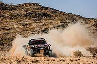 "Cerita Kris Meeke ""Ngeteh"" di Gurun Pasir Saat Reli Dakar"