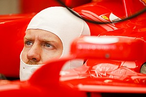 Vettel nem boldog a Ferrarival Szingapúrban