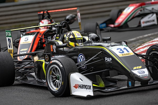 Норрис вырвал у Арона победу во второй гонке Ф3 на «Норисринге»