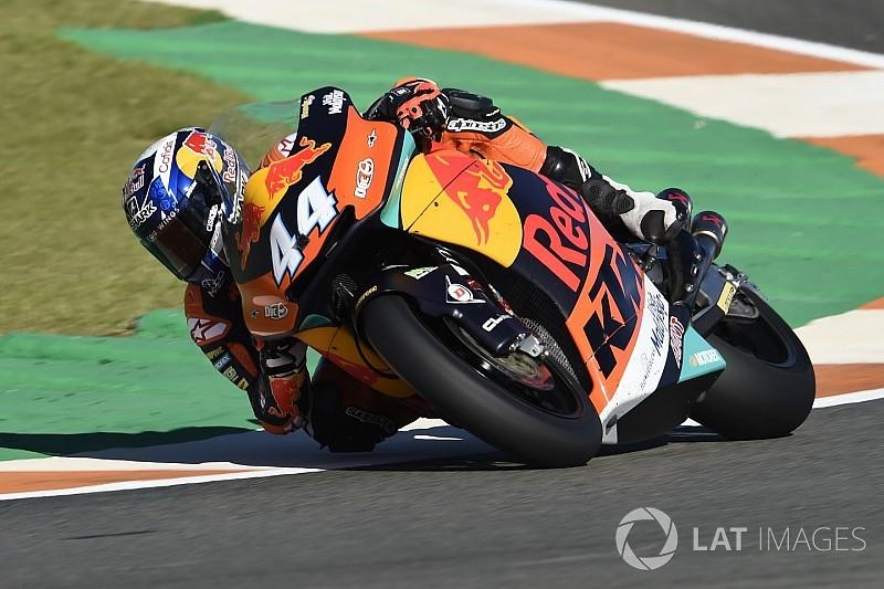 Oliveira regola Morbidelli e regala il tris alla KTM a Valencia