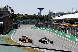 Alonso: Honda'nın performansı artık Toro Rosso'yu endişelendirmeli