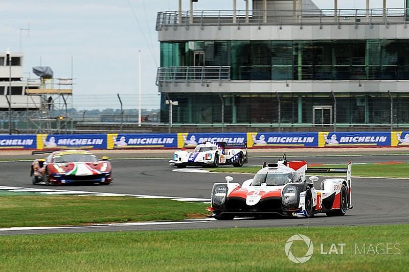 El Toyota #8 lidera la tercera práctica en Silverstone