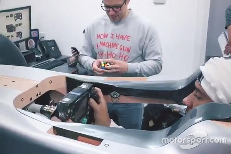 Hamilton past voor het eerst zitje van 2019-Mercedes