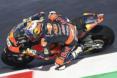 Misano Moto2: Fernandez holds off Gardner for consecutive wins
