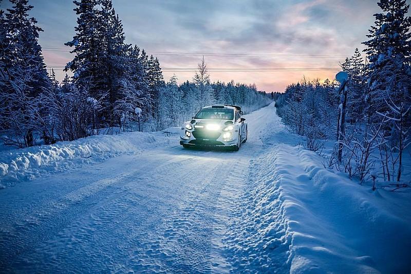 Így ralizik Valtteri Bottas: a száguldó finn (videó)