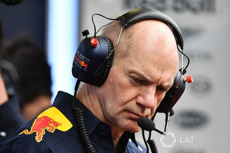 Cлухи: Renault пытается увести Ньюи из Red Bull