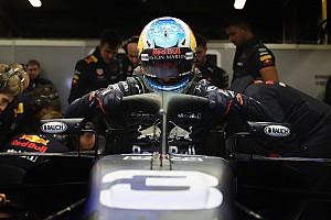 Forma-1 Motorsport.com hírek Képeken az RB14 menet közben a Halóval