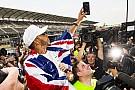Chefe da McLaren entende Hamilton ao sair das redes sociais
