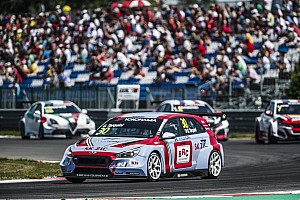 WTCR Race report Slovakia WTCR: Tarquini retakes points lead with Race 2 win