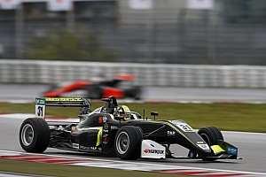 Євро Ф3 Репортаж з гонки Євро Ф3 на Нюрбургринзі: дощова перемога Норріса