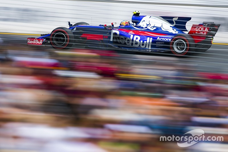 """Sainz se muestra crítico con la """"poca"""" mejora en clasificación"""