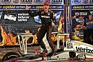 IndyCar Пауэр выиграл полную аварий гонку в Техасе, Алешин попал в завал