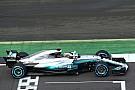 В Mercedes объяснили появление голубых линий на новой машине