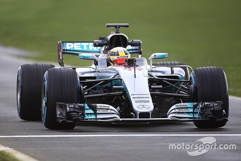 """Hamilton over baandebuut Mercedes W08: """"Beest van een auto"""""""