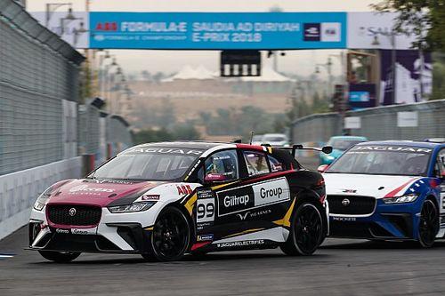 Ad Diriyah: Simon Evans domina nel debutto del Jaguar i-Pace e Trophy