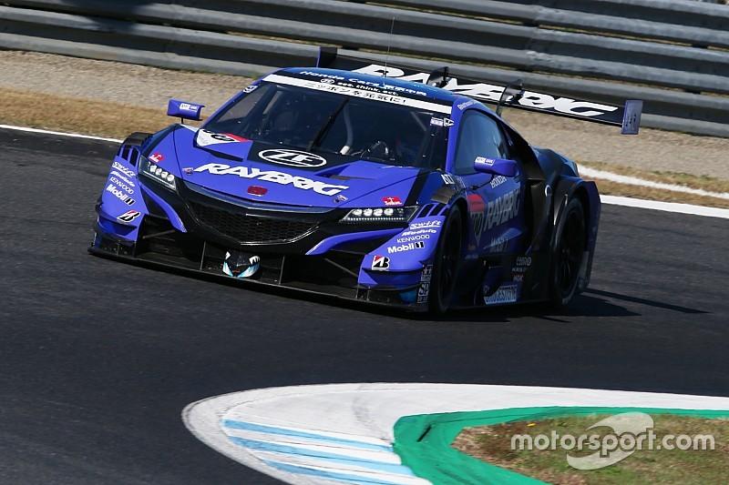 Баттон стал чемпионом Super GT в год дебюта