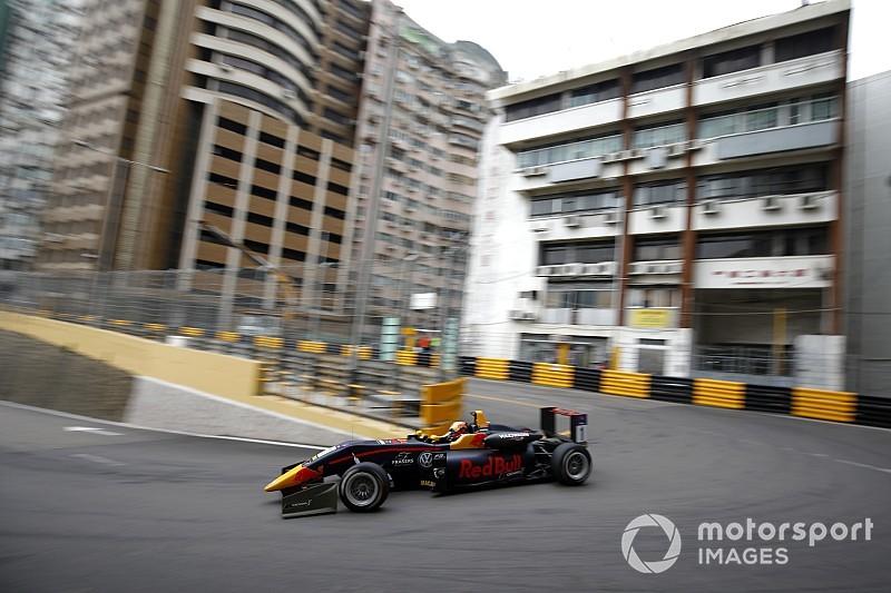 Macau GP: Ticktum on provisional pole