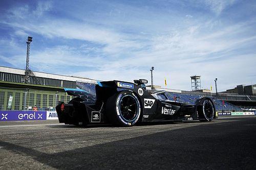 فريق سباقات مرسيدس في الفورمولا إي يتباحث الارتباط بمُصنّعٍ جديد