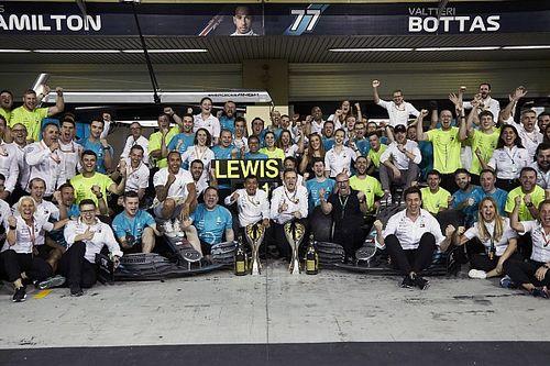How F1 team photos acted as Hamilton's wake-up call