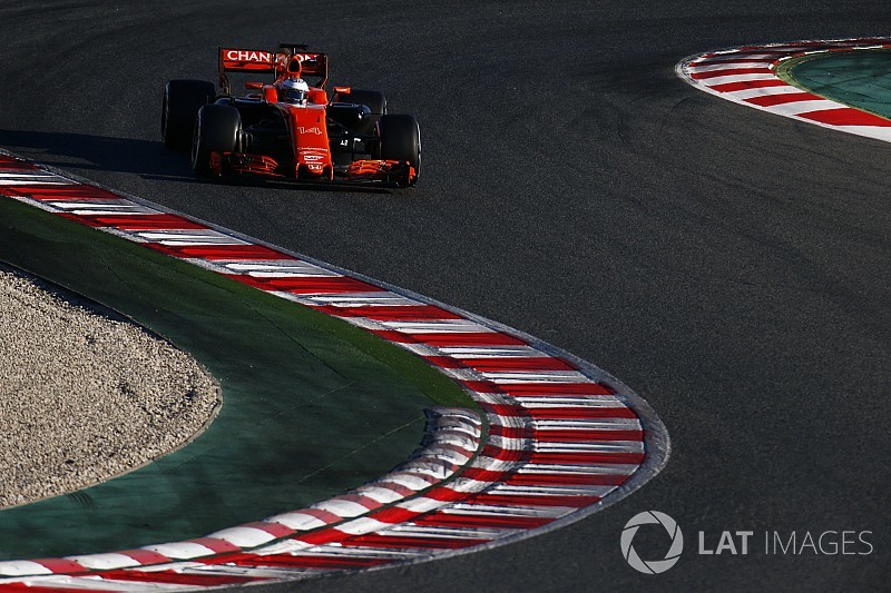 Alonso first to drive 2018 McLaren in testing
