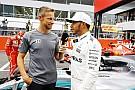 A McLaren nem tud versenyzői ülést adni Buttonnak, de számítanának rá