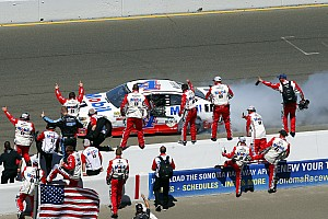 NASCAR Cup Race report Harvick takes first win of 2017 in Sonoma Cup race