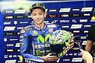 MotoGP Bel gesto di Rossi: regala il casco del Mugello alla famiglia di Hayden