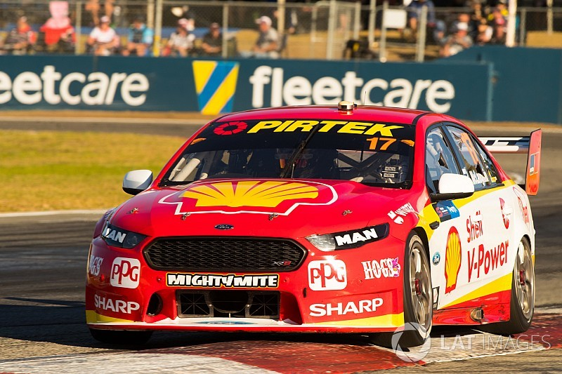 Perth Supercars: McLaughlin wins from 19th on the grid