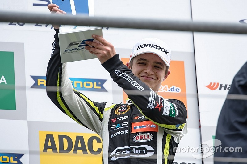Norris supera punição e vence em Spa; Piquet é 12º