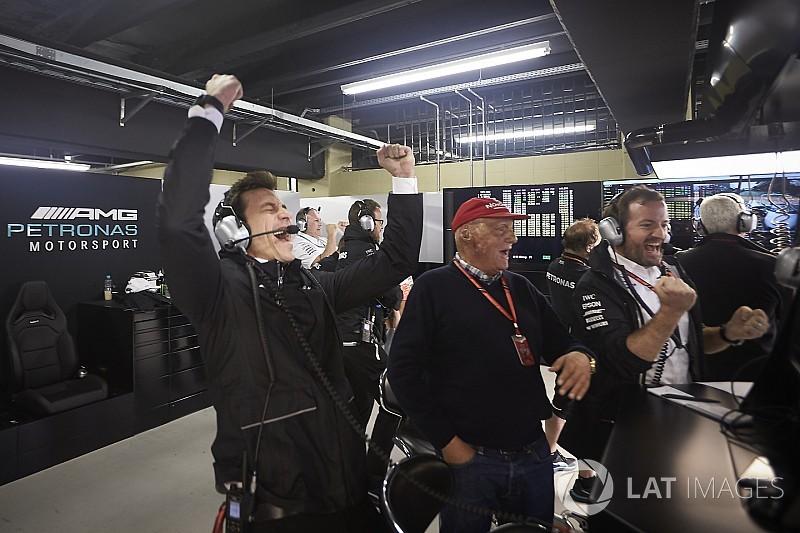 Lauda: Biz dayanıklılığa odaklandık, Renault ve Ferrari performansa