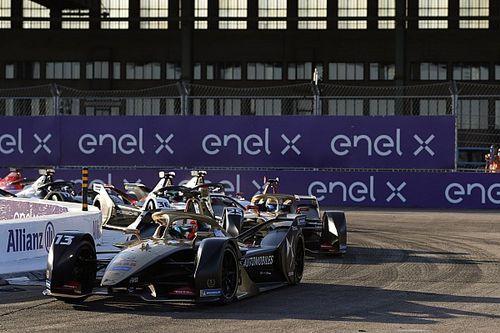 Напарник Верня проигнорировал командные приказы и выиграл гонку Формулы Е