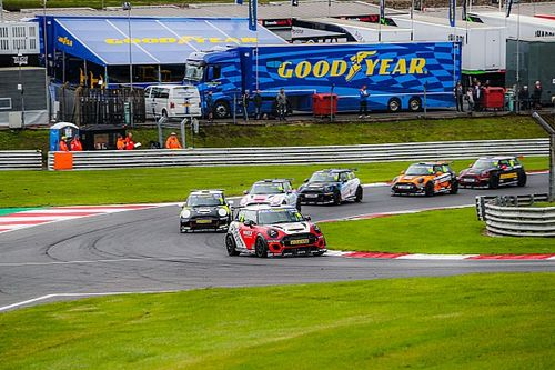 Minis provide the action as TOCA support titles decided at Brands Hatch