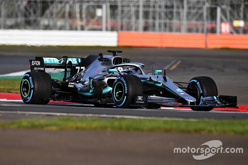 Az elhúzó 2019-es Mercedes Bottasszal Silverstone-ban: videó