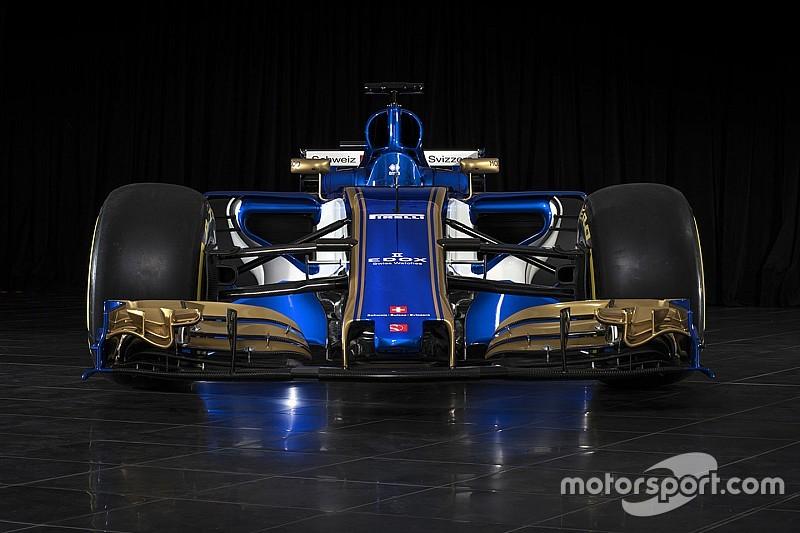 Compara visualmente el  Sauber 2017 con el 2016