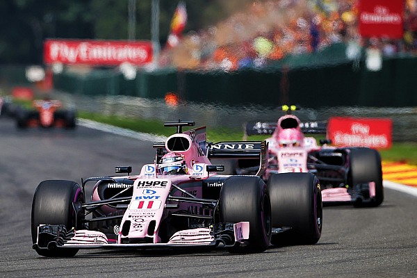 """Michiel Mol over botsende Force India-coureurs: """"Valt niet goed te praten"""""""