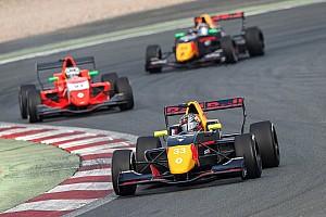 Formule Renault Raceverslag FR 2.0 Hungaroring: Verschoor kent pech, Red Bull-collega's op podium