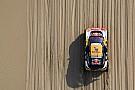 Peugeot sobrevive a una dura etapa en el Rally Dakar