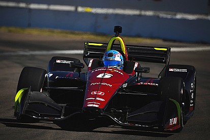 Robert Wickens centra una incredibile pole al debutto a St. Pete