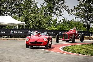 Формула 1 Новость Гонщики Sauber проехали на винтажных гоночных машинах Alfa Romeo