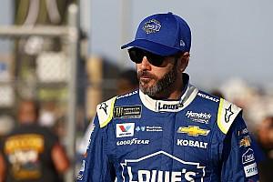 NASCAR Cup Últimas notícias Johnson diz que não vai se ajoelhar durante hino americano