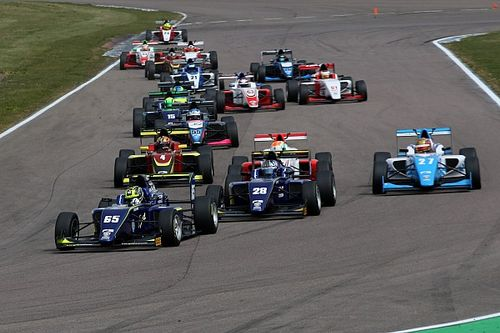 Verrückt: Britische Formel 3 vergibt Punkte fürs Überholen
