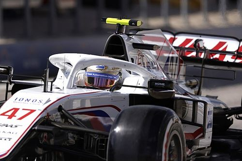 """Schumacher: """"Son turda Verstappen ve Hamilton'ın önünden kaybolamazdım"""""""