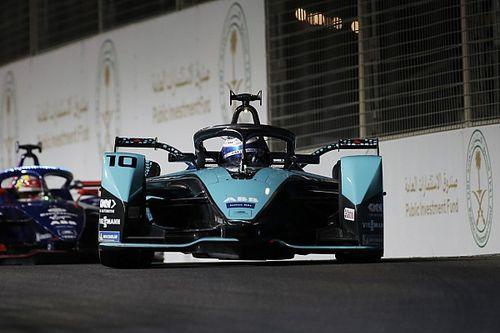 Jaguar gaat door in Formule E, maar wacht met aankondiging