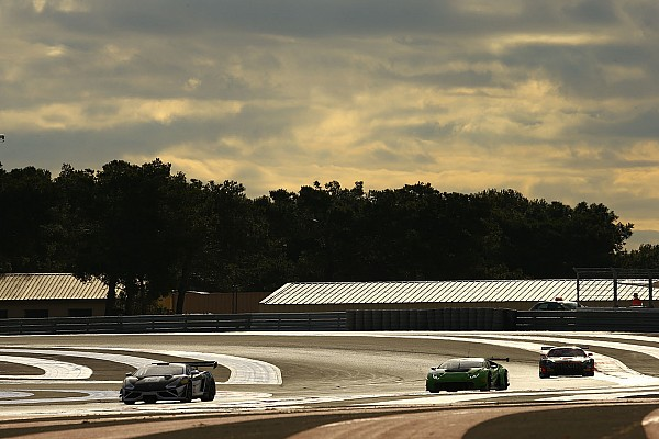 Over 50 cars in Official Test Days for the 2017 Blancpain GT Series