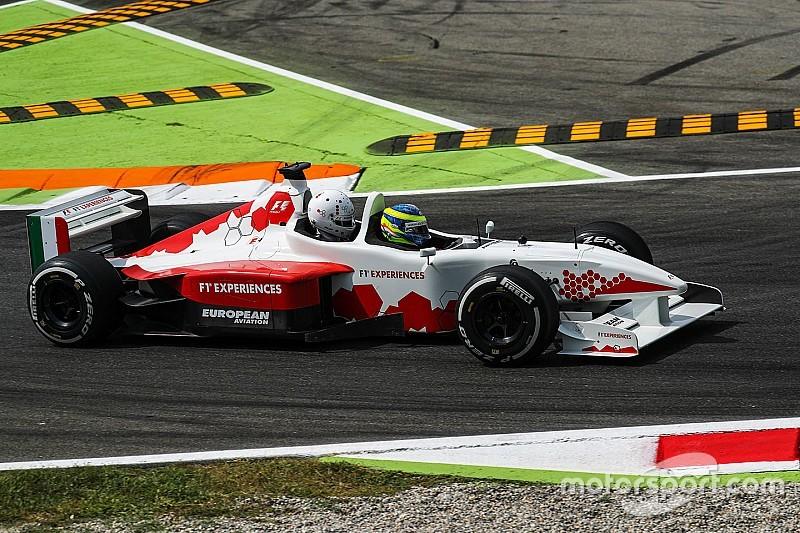 A Minardi kétüléses F1-es autója a Hyundai TCR gépe ellen fog versenyezni Ausztráliában