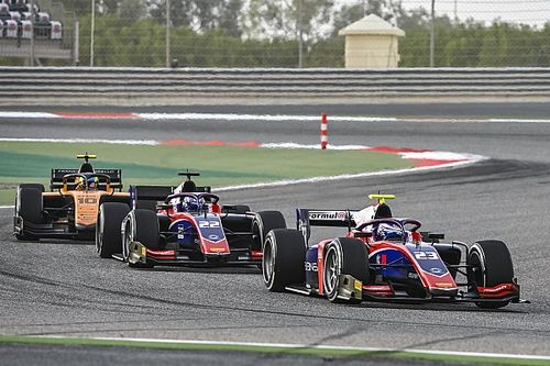 Trident fields Sato and Viscaal in FIA F2