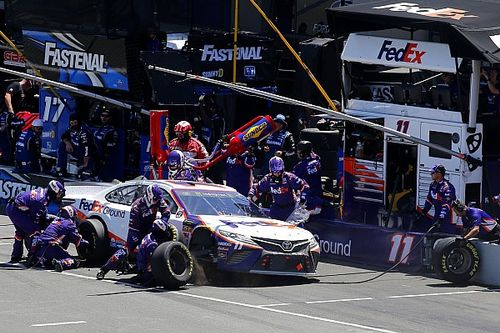 NASCAR alters pit road rules, including uncontrolled tires