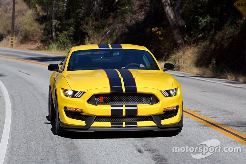 Ford Mustang Shelby GT350 R, inno alla passione